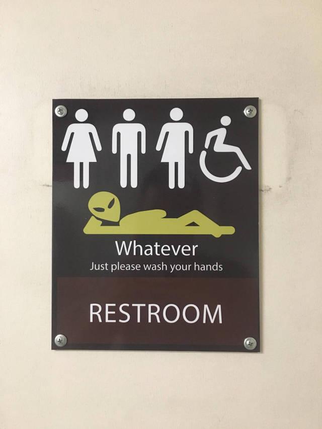 signaletique wc - pour tous mais lavez vous les mains