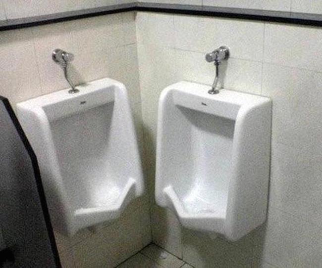 urinoir-cote-a-cote